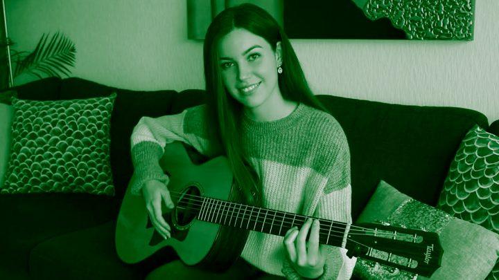"""Gabriella Quevedo gra """"Sultans of Swing"""" (Dire Straits)"""